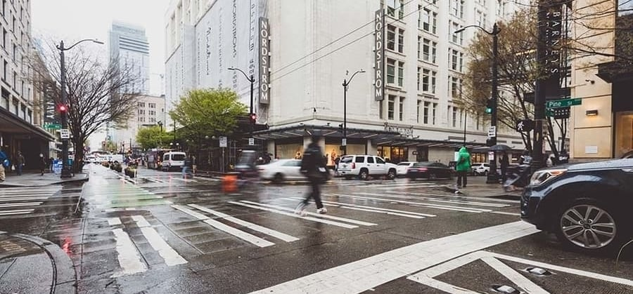 img_Hyatt-Regency-Seattle-rain-900x419px