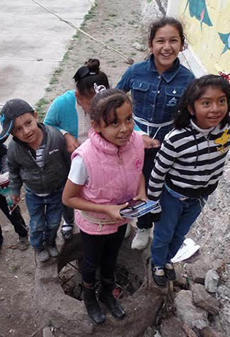 ART AGAINST VIOLENCE: MEXICAN KIDS TAKING PART IN THE XICO ARTE PROJECT, SUPPORTED BY THE FOUNDATION