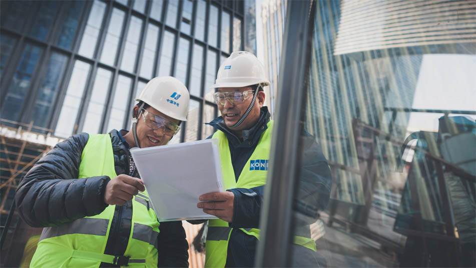 img_employees-construction-site-shanghai-951x535